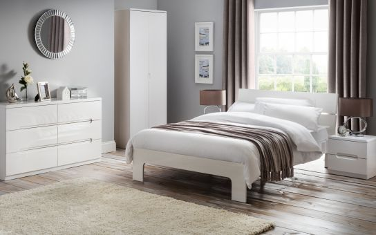 Julian Bowen Manhattan bedroom furniture.